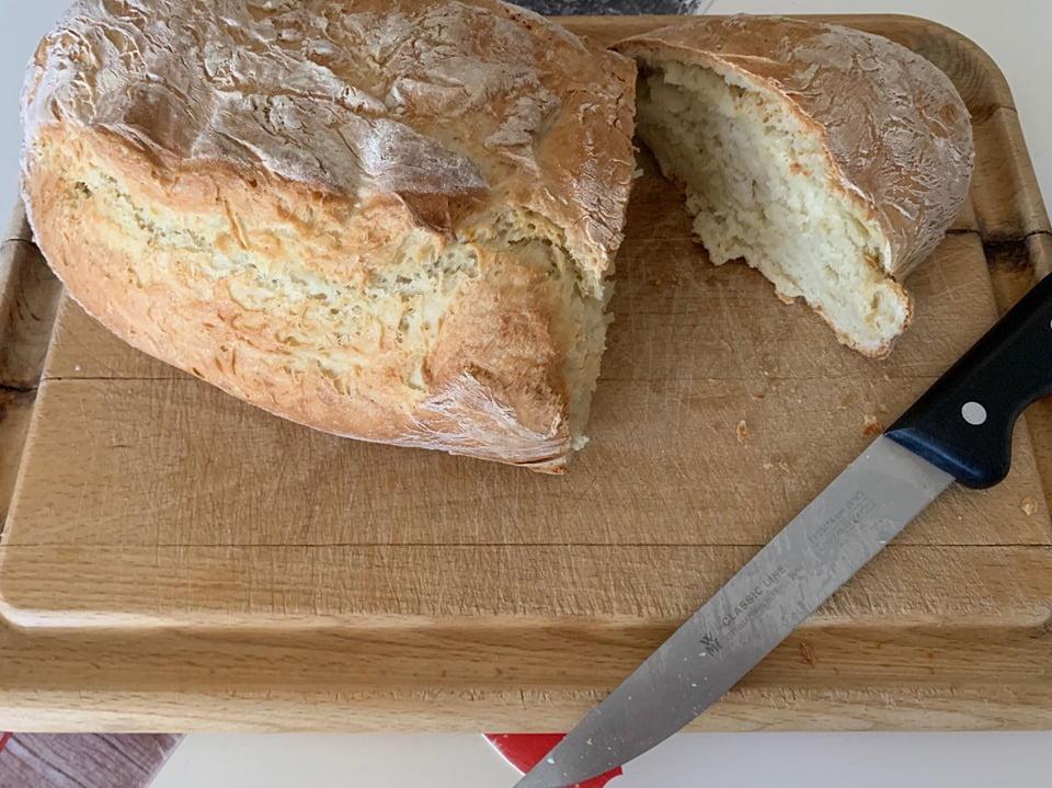 Φτιάχνουμε εύκολα ψωμί μαζί με τα παιδιά!